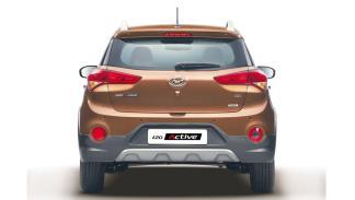 Hyundai-i20-Active-culo