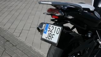 prueba-BMW-F800-R-2015-trasera