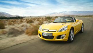 Opel GT delantera