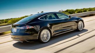 coches-americanos-eclipsaron-europa-Tesla-Model-S-zaga