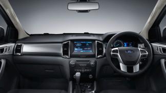 Ford Ranger 2015 interior