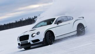 Bentley Power on Ice 2015 - Bentley GT3-R deslizando