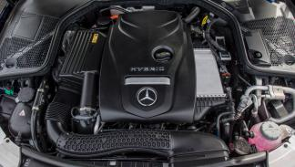 Mercedes C350e motor