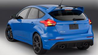 Ford Focus RS 2015 zaga