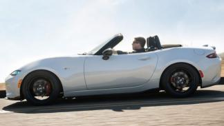 Mazda MX-5 Club lateral