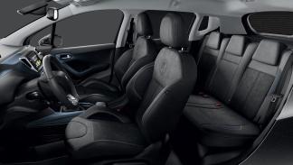 Peugeot 2008 Crossway interior