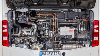 Mercedes CapaCity L autobus largo motor