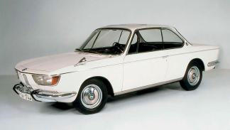 BMW 2000 CS lateral