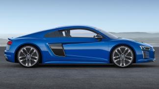 Audi_R8_e-tron_2015_delantera_lateral
