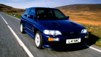 Ford Escort RS Cosworth delantera