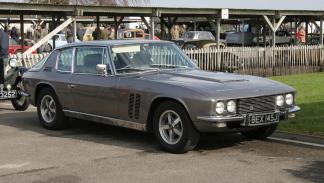 coches-adelantados-epoca-Jensen-FF