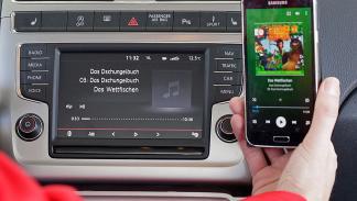 Volkswagen Polo estatica conectividad