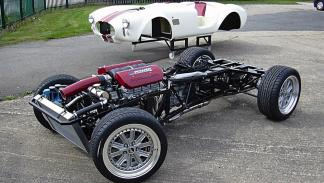 coches-hacen-mas-replicas-shelby-cobra-chasis