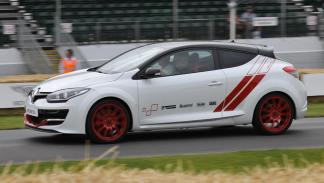 mejores-coches-fabrican-espana-Renault-Megane-RS