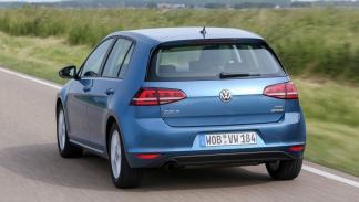 VW Golf tres cuartos trasero