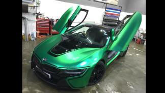 bmw-i8-vinilado-verde-mate-frontal