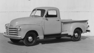 coches-clasicos-no-deberian-resucitar-Chevy-pick-up-1947