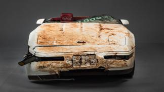 Corvette 1 millon destrozado socavon museo