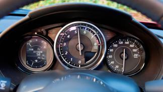 Mazda MX-5 2015 relojes