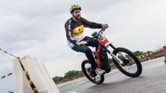 Prueba-Bultaco-Brinco-moto-bici-circuito