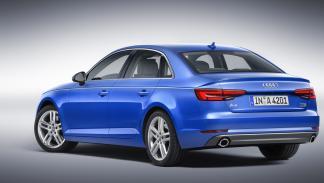 Audi A4 2015 trasera