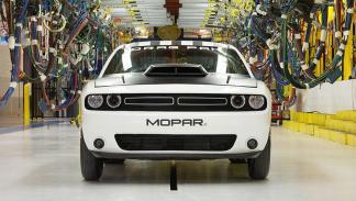 Dodge Challenger Drag Pak frontal
