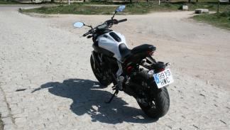 Prueba-Yamaha-MT-07-trasera