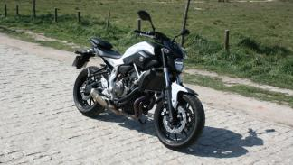 Prueba-Yamaha-MT-07