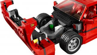 Capó del Ferrari F40 de Lego.