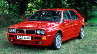 Lancia Delta Integrale delantera