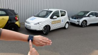 ZF Smart Urban Vehicle aparcar