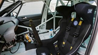 interior del VW Golf TCR