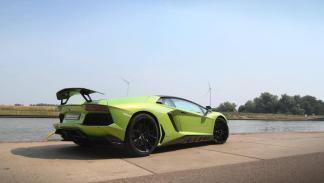 Novitec Torado Lamborghini Aventador verde trasera