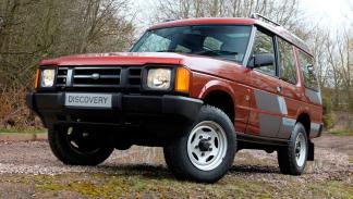 Land Rover Discovery delantera