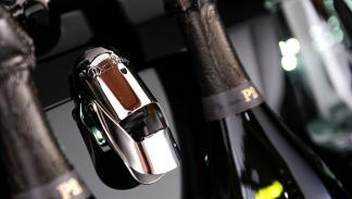 Abrebotellas Dom Pérignon Aston Martin Rapide S