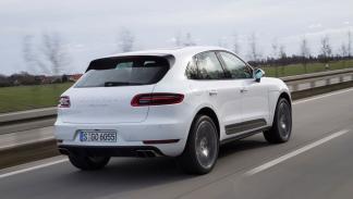 Porsche Macan Turbo trasera