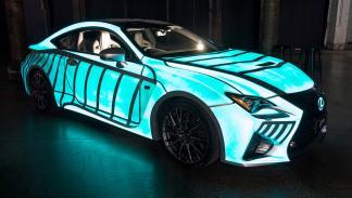 Lexus que brilla al ritmo del corazón