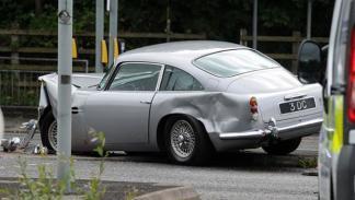 Accidente Aston Martin DB5