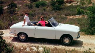 Peugeot 204 Cabriolet lateral