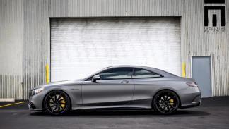 Mercedes S63 AMG Coupé gris mate