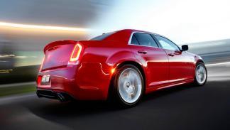 Chrysler 300 SRT trasera