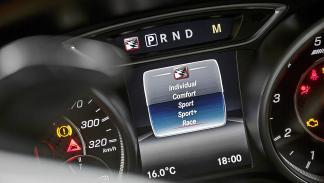 Prueba extrema: Mercedes-AMG A 45 4MATIC  pantalla