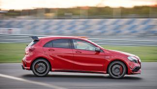 Prueba extrema: Mercedes-AMG A 45 4MATIC recta