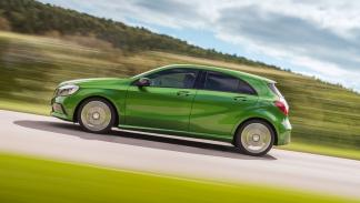 mercedes clase a 220d lateral 2015