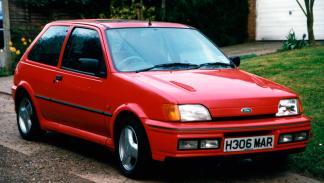 Ford Fiesta RS Turbo delantera