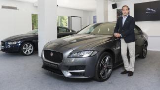 Jaguar XF en el Jaguar Land Rover Store