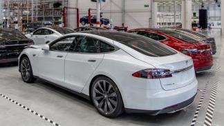 Tesla ya fabrica en Europa