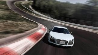 Audi R8 LM  frontal
