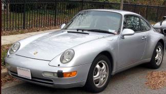 Porsche 993 tres cuartos lateral.