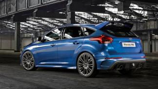 rivales-BMW-M2-ford-focus-rs-zaga